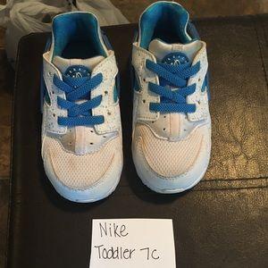 💥3/$10💥 Toddler Nike Sneakers